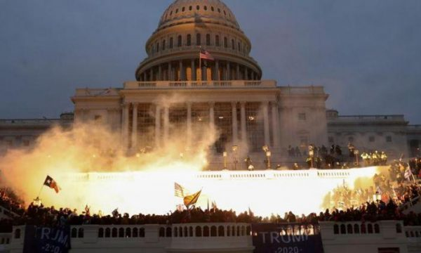 Insurrezione o colpo di stato negli Stati Uniti?